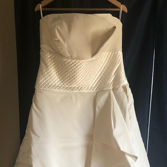 Peter Langner Dresses & Skirts - Custom Peter Langner Wedding Gown 💯% Silk